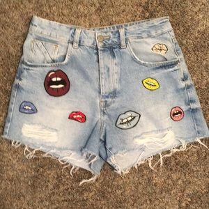 Zara lip 👄 denim shorts Size: 6